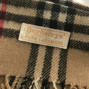 Burberry Vintage Classic Check Cashmere Scarf